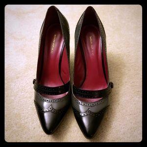 Banana Republic Leather Mary Jane Heels Size 8